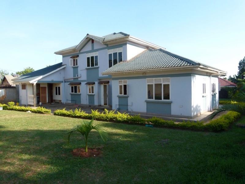 Mansion for sale in Katabi Wakiso