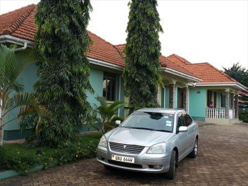 Bungalow for rent in Munyonyo Kampala