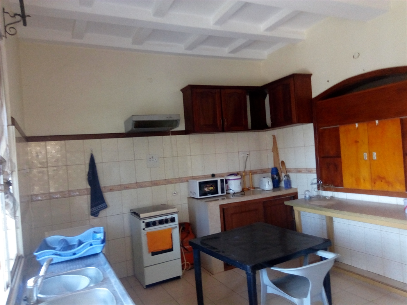 Apartment for rent in Bwebajja Wakiso