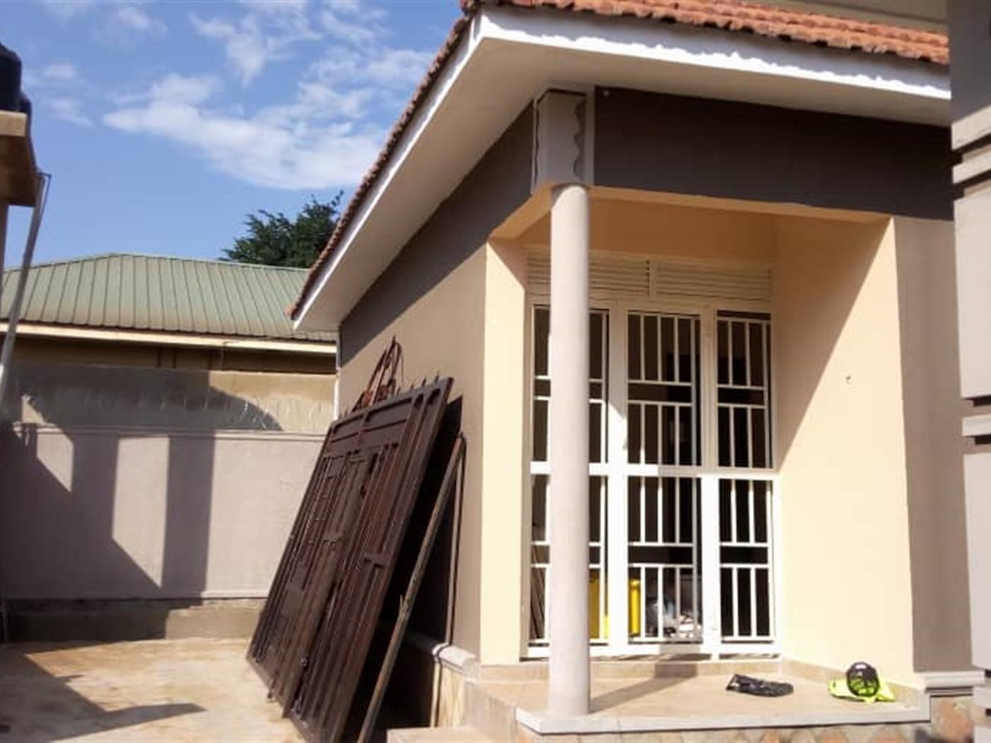 Apartment for sale in Kyaliwajala Wakiso