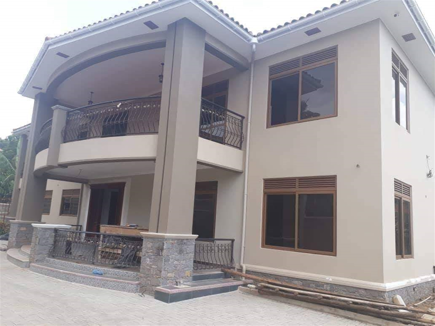 Mansion for sale in Muyenga Wakiso