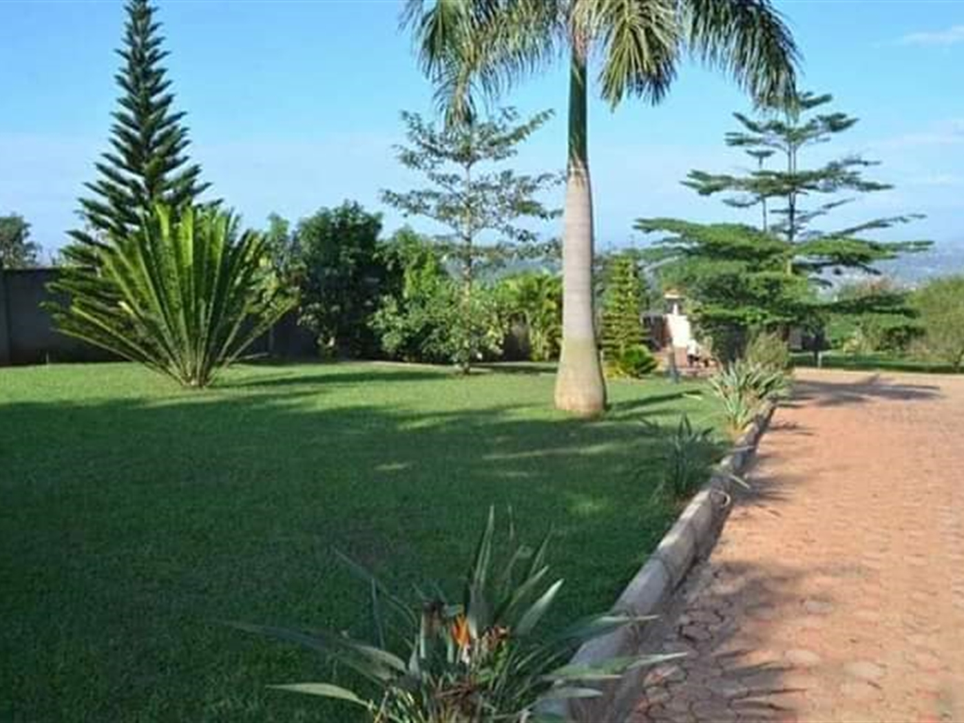 Mansion for sale in Matuga Wakiso