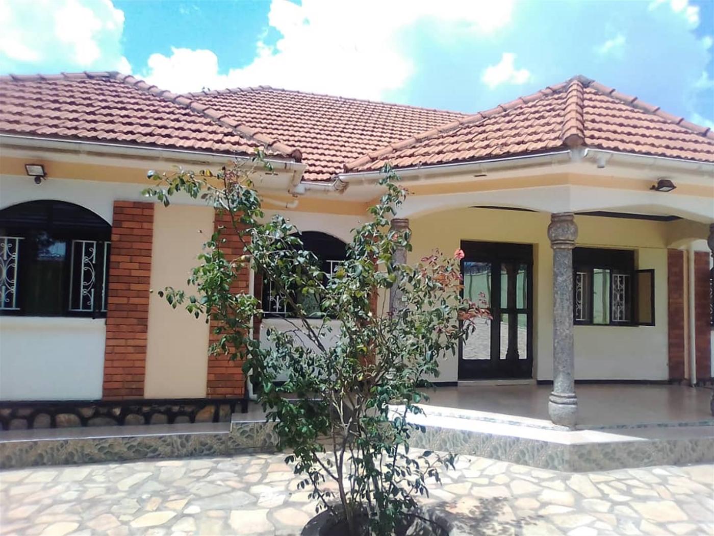 Bungalow for sale in Kawanda Luwero