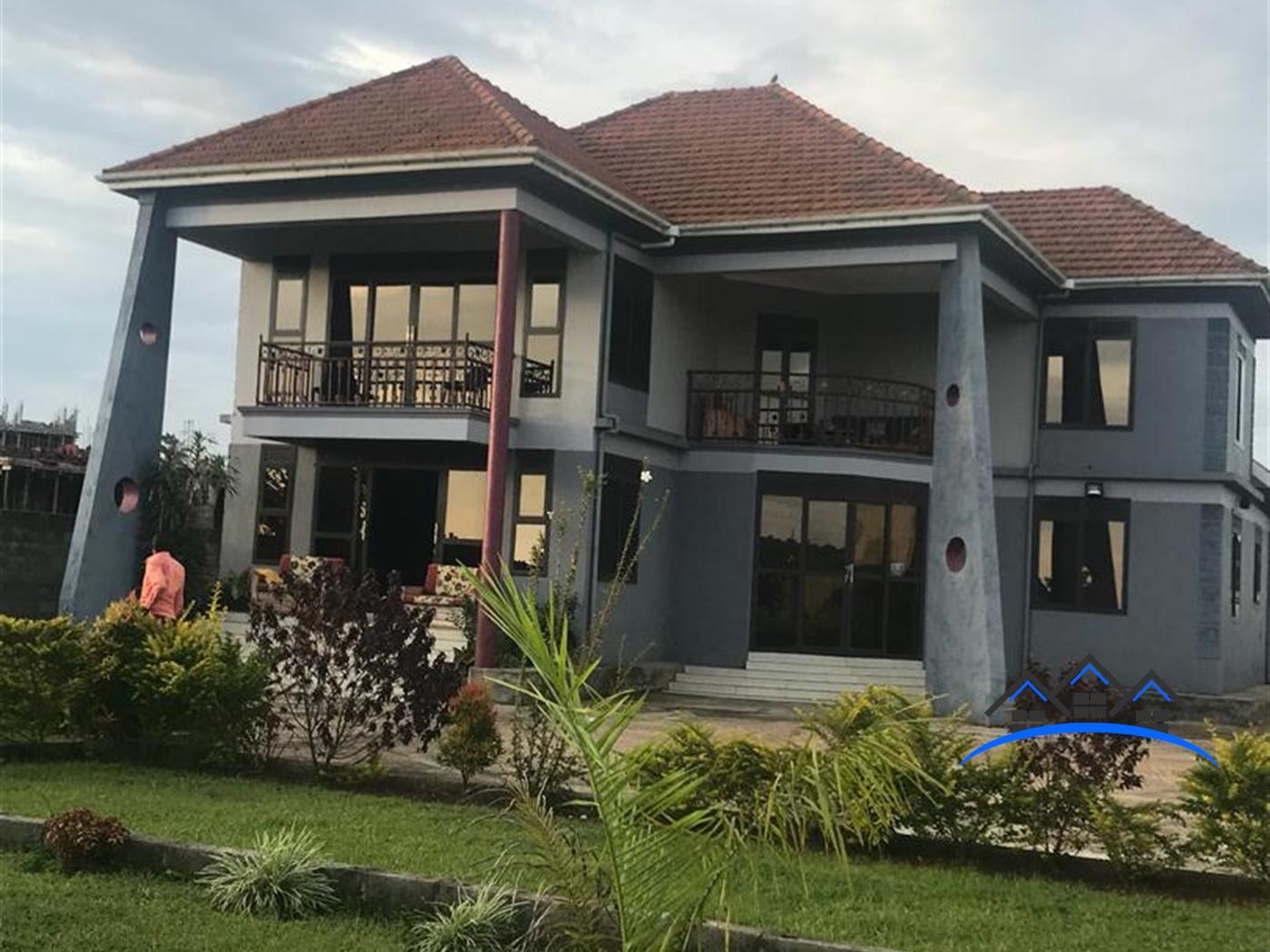 Mansion for sale in Busambaga Wakiso