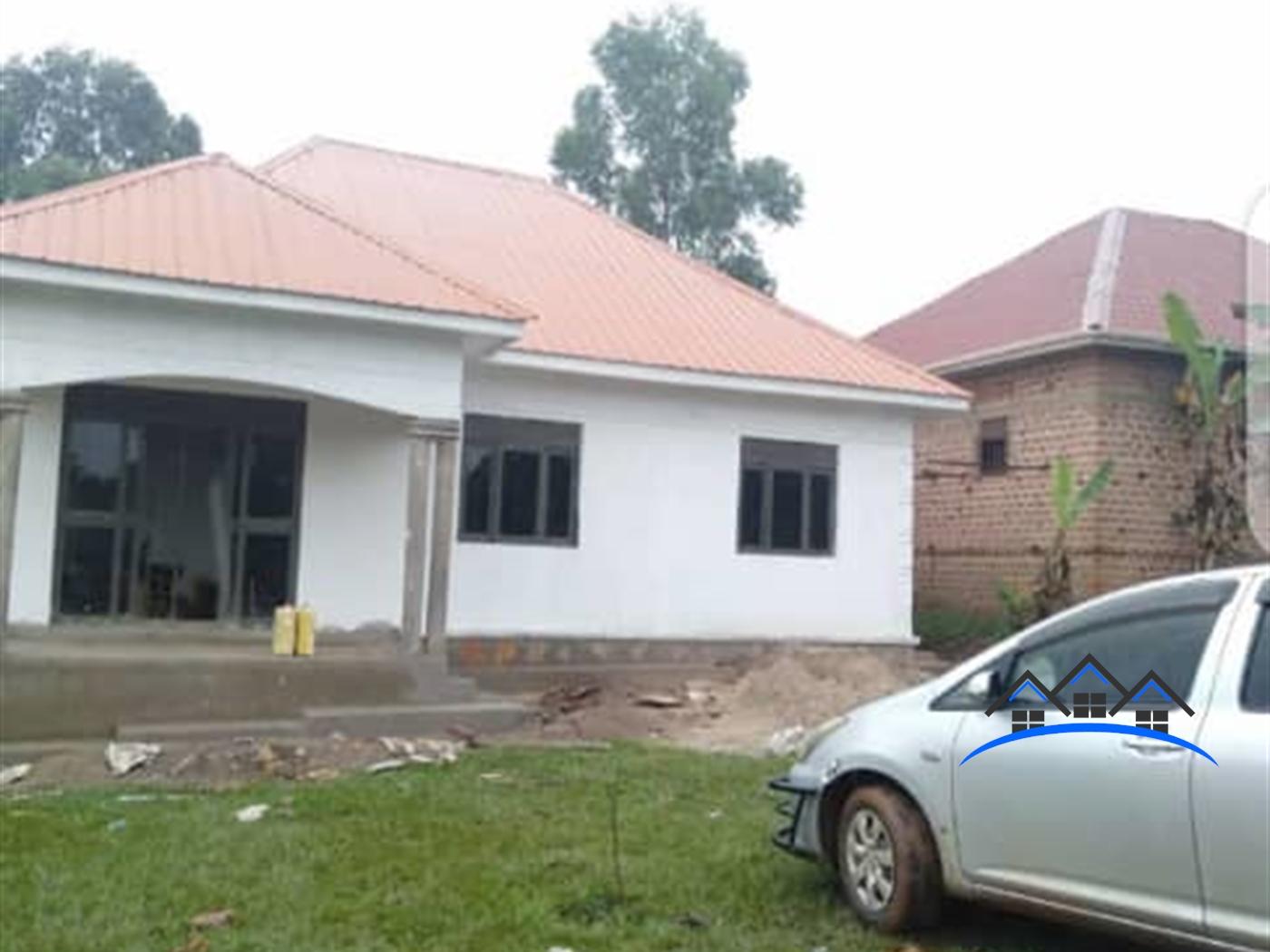 Bungalow for sale in Kakunyu Wakiso
