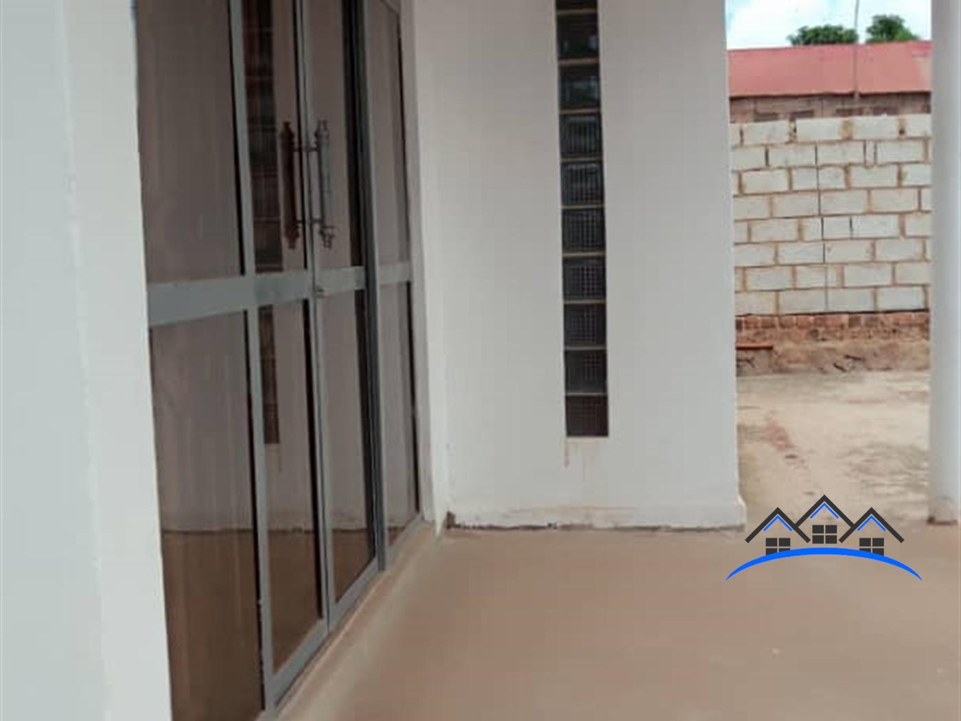 Bungalow for sale in Kitovu Wakiso