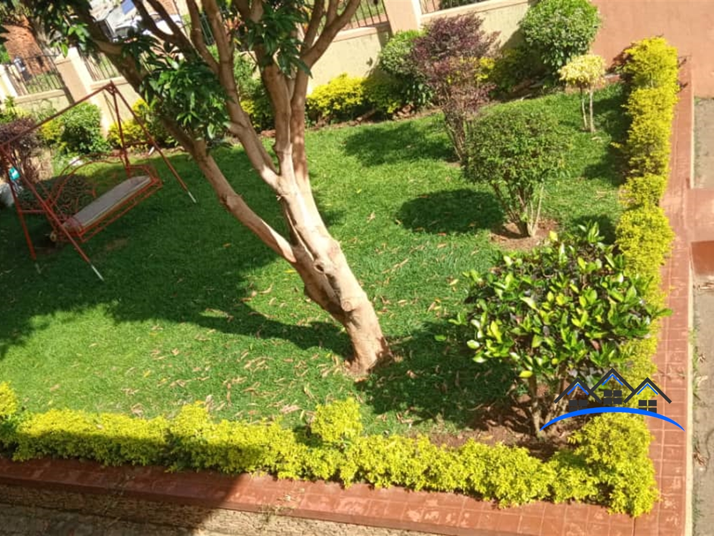 Mansion for sale in Mbalwa Wakiso
