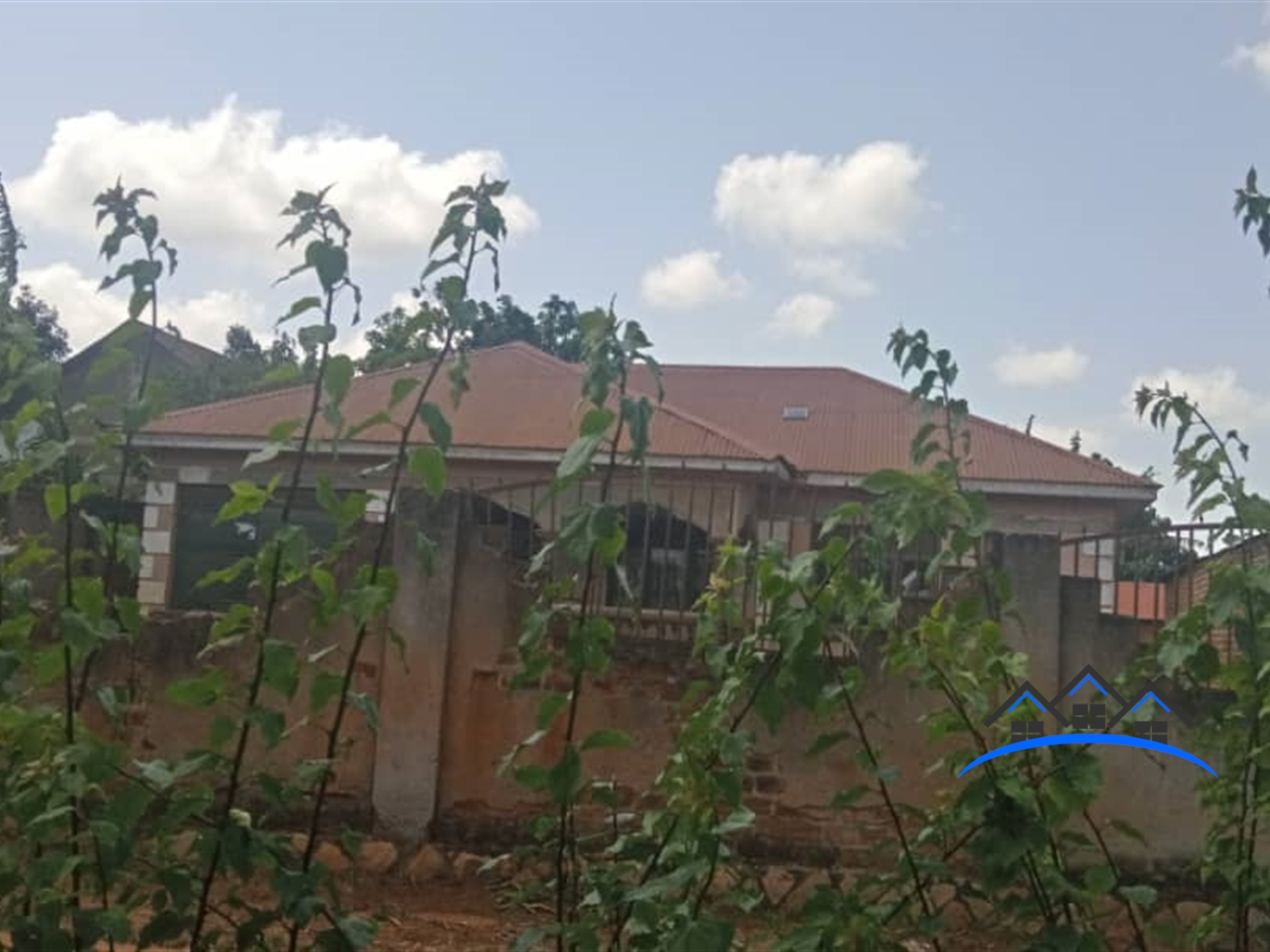 Bungalow for sale in Kirinnya Wakiso