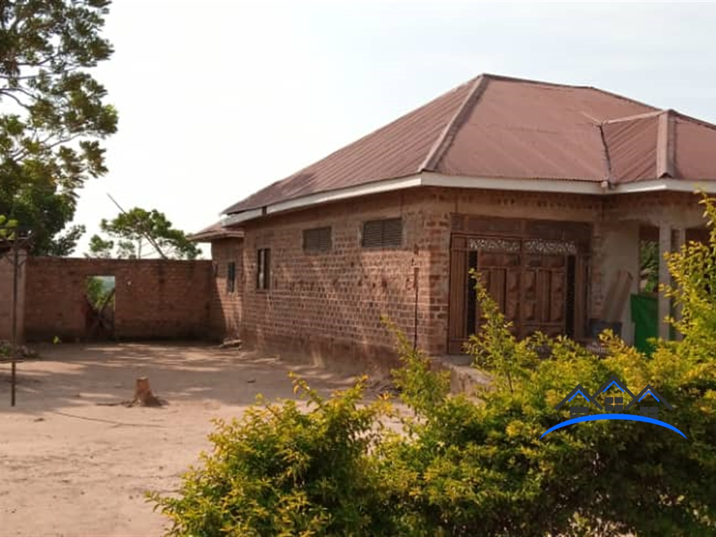 Bungalow for sale in Kanyanda Nakaseke
