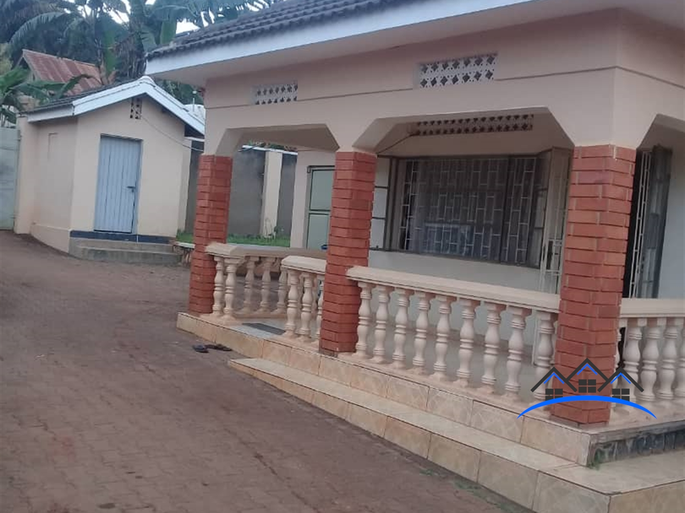 Bungalow for sale in Mutungo Wakiso