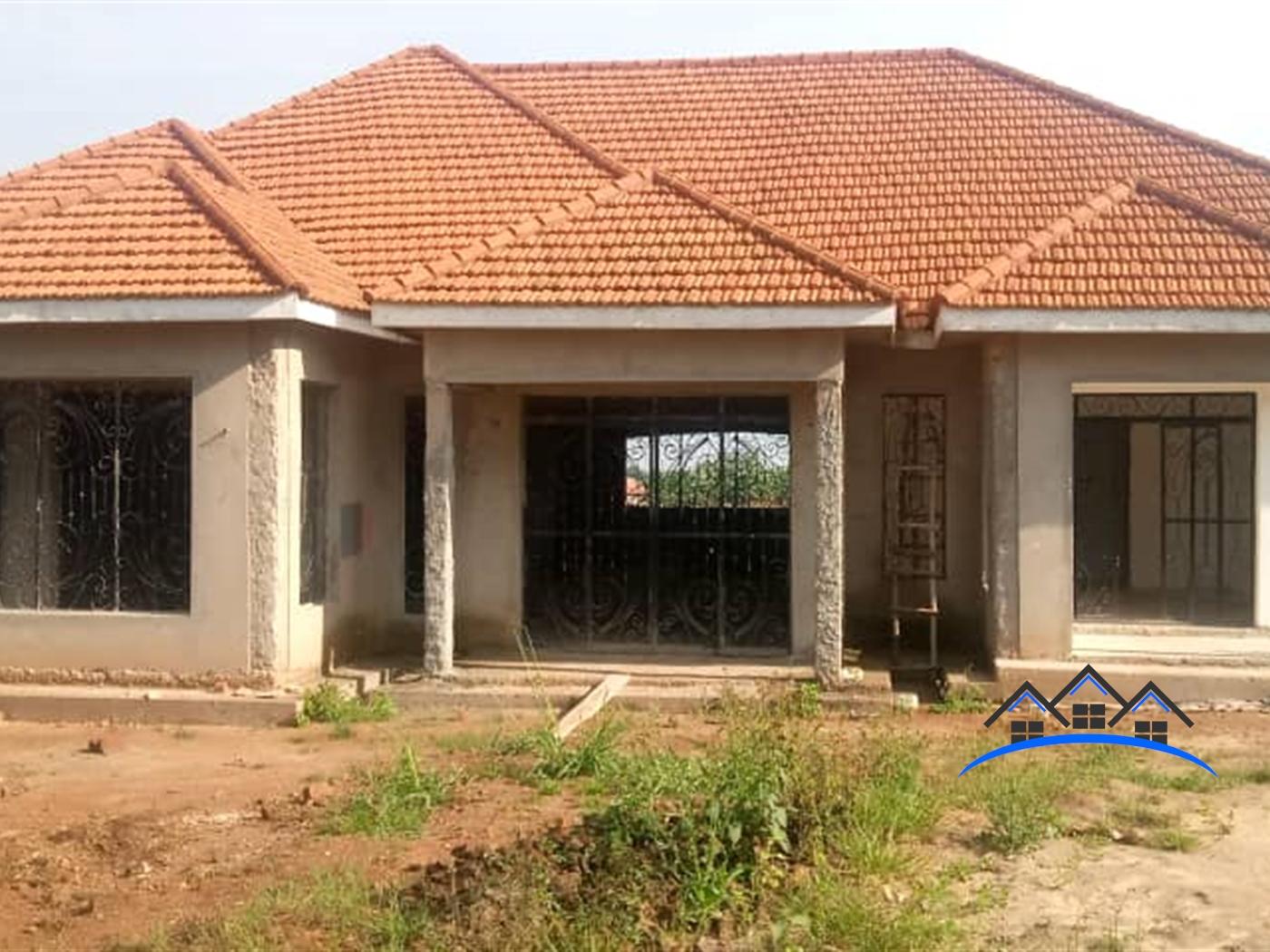 Bungalow for sale in Kisowela Mukono