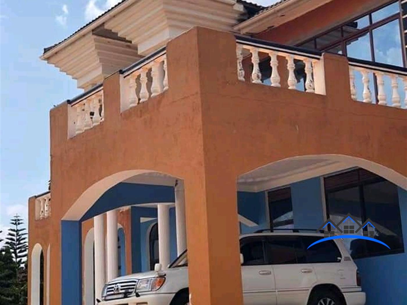 Storeyed house for sale in Nansana Wakiso
