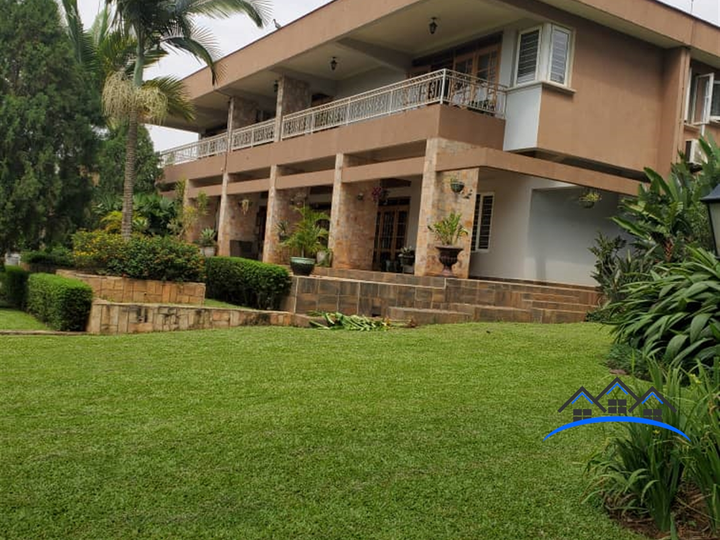 Storyed house for sale in Bbunga Kampala