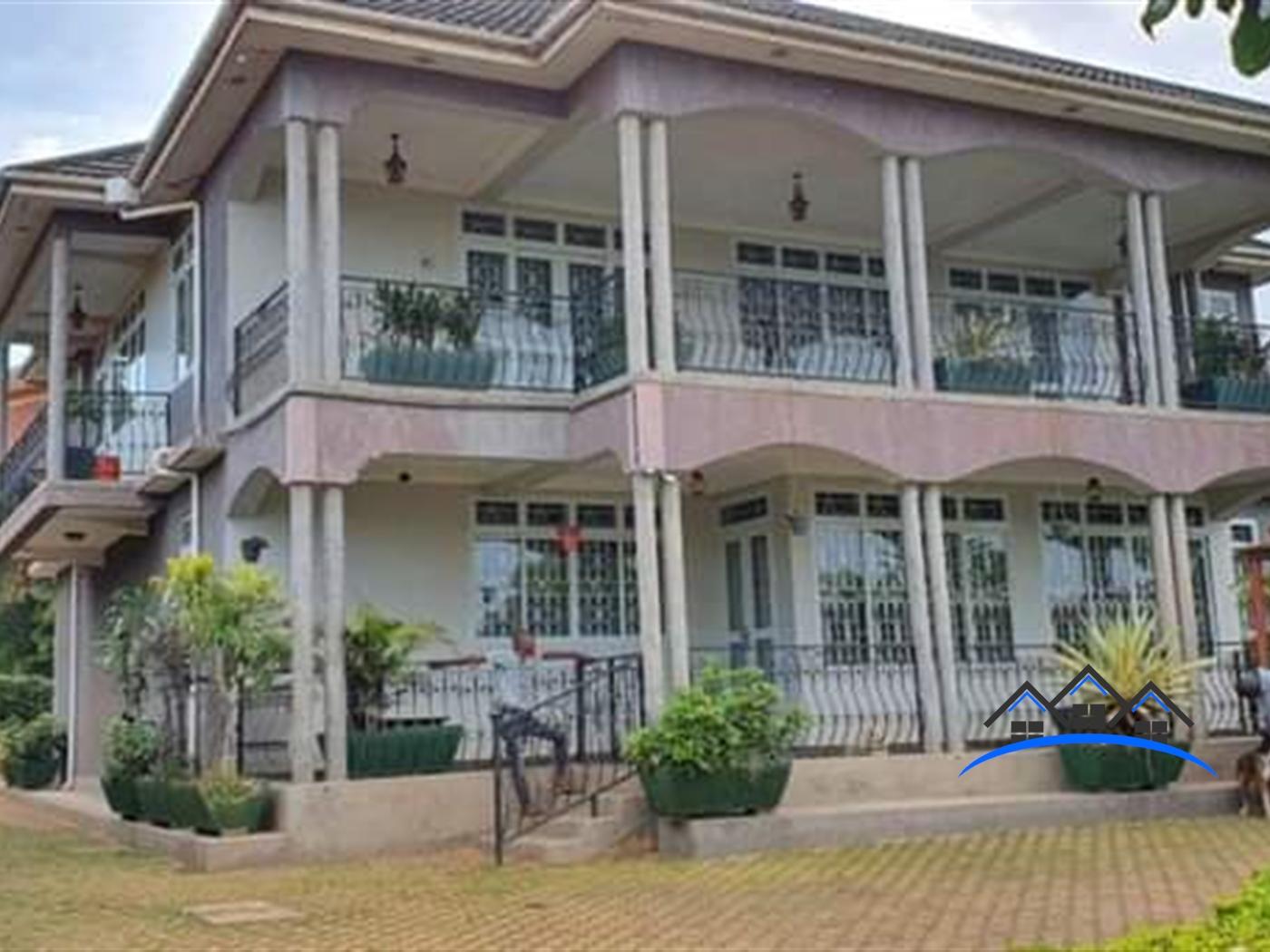 Storyed house for sale in Zana Wakiso