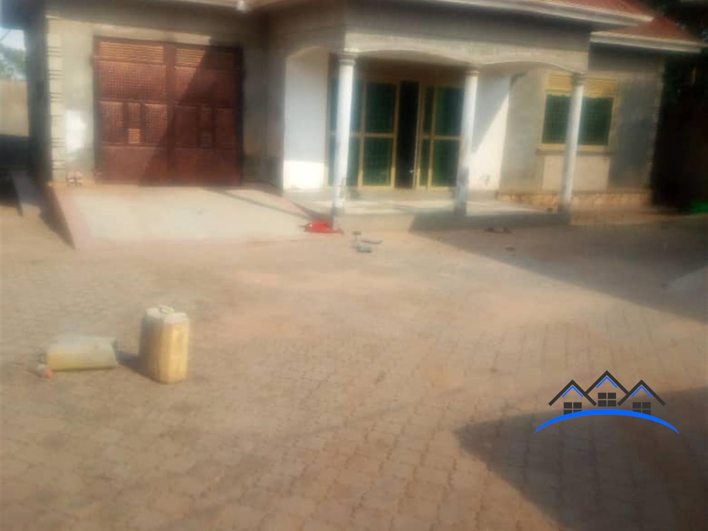 Bungalow for sale in Kiwenda Wakiso