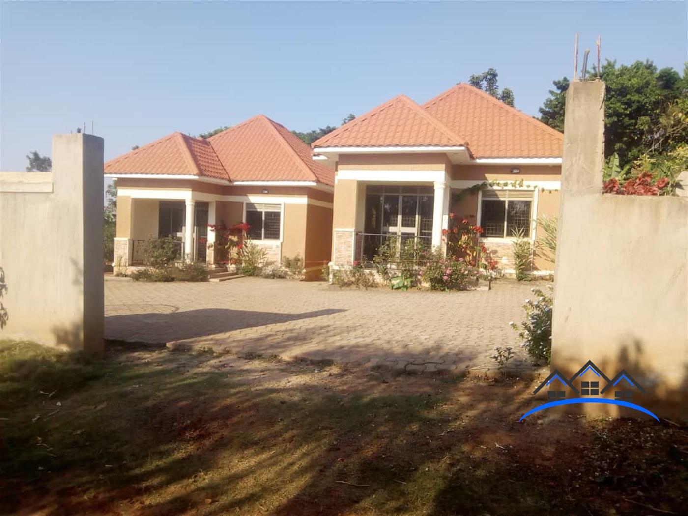 Bungalow for sale in Sselinya Wakiso