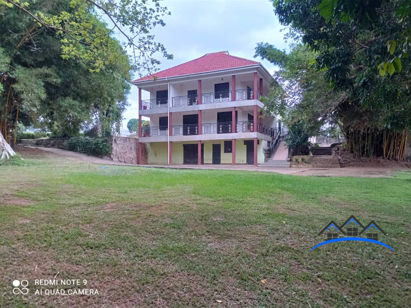 Mansion for sale in Bukasa Wakiso