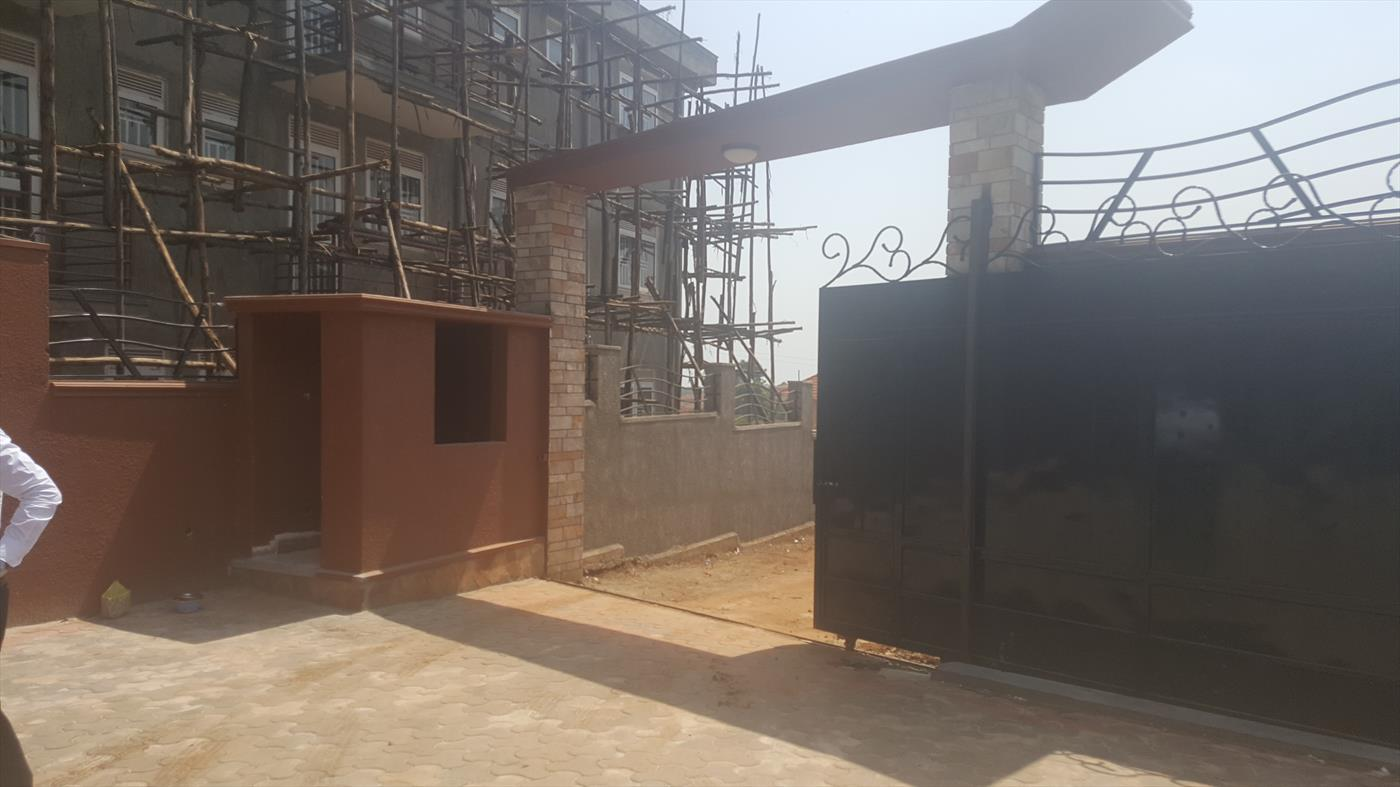Maisonette for sale in Munyonyo Kampala