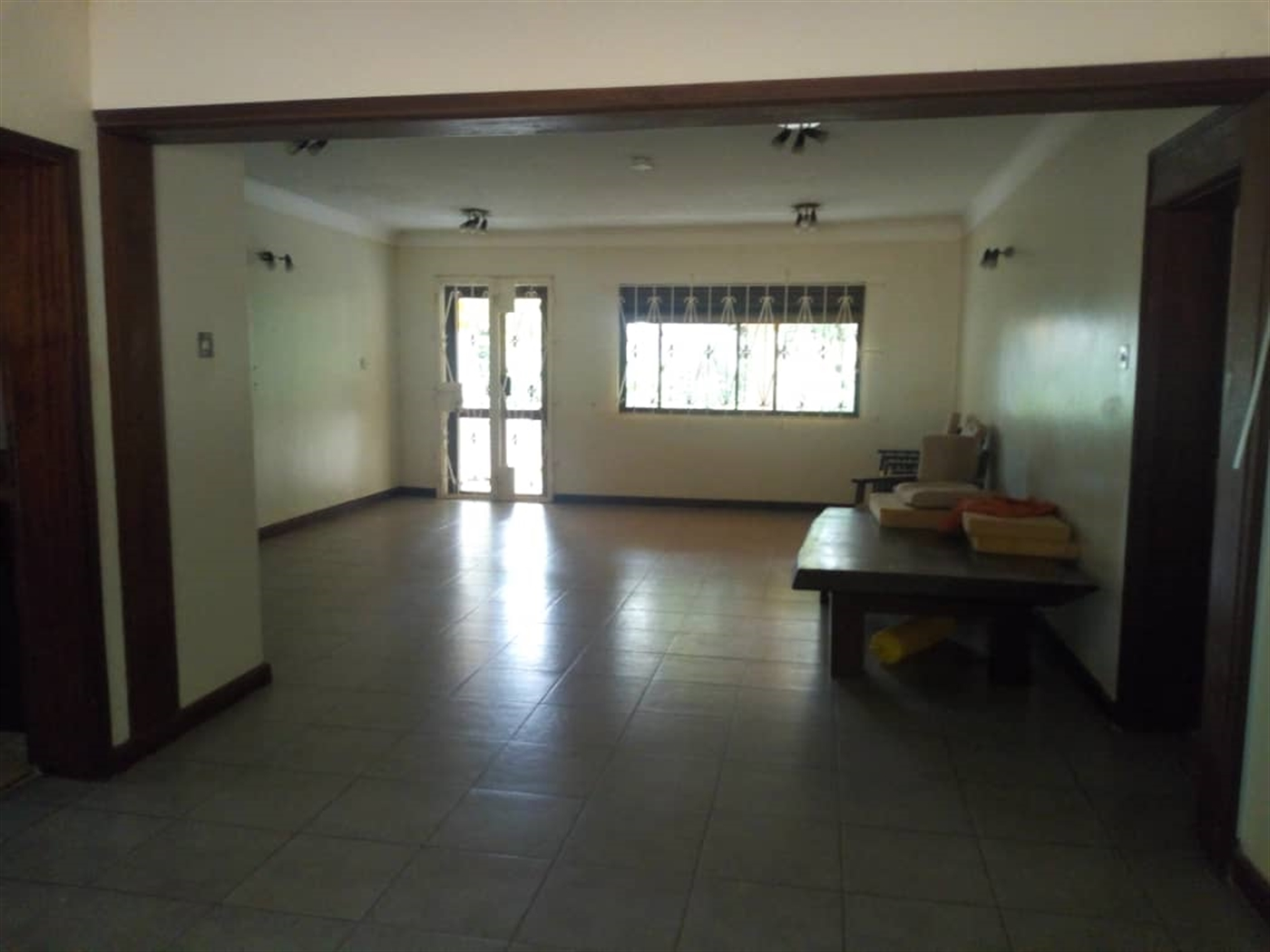 Bungalow for rent in Kololo Wakiso