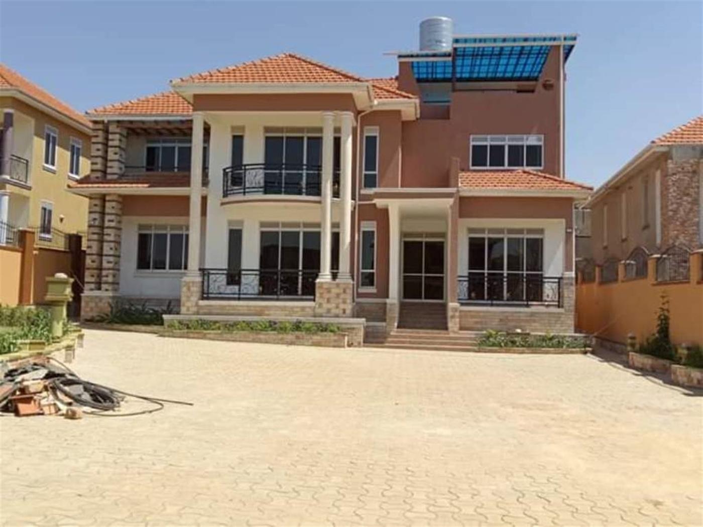 Maisonette for sale in Luzira Kampala