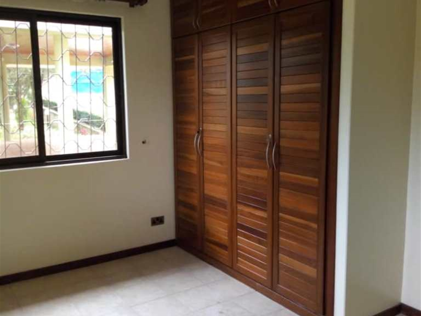 Bungalow for rent in Kololo Kamuli
