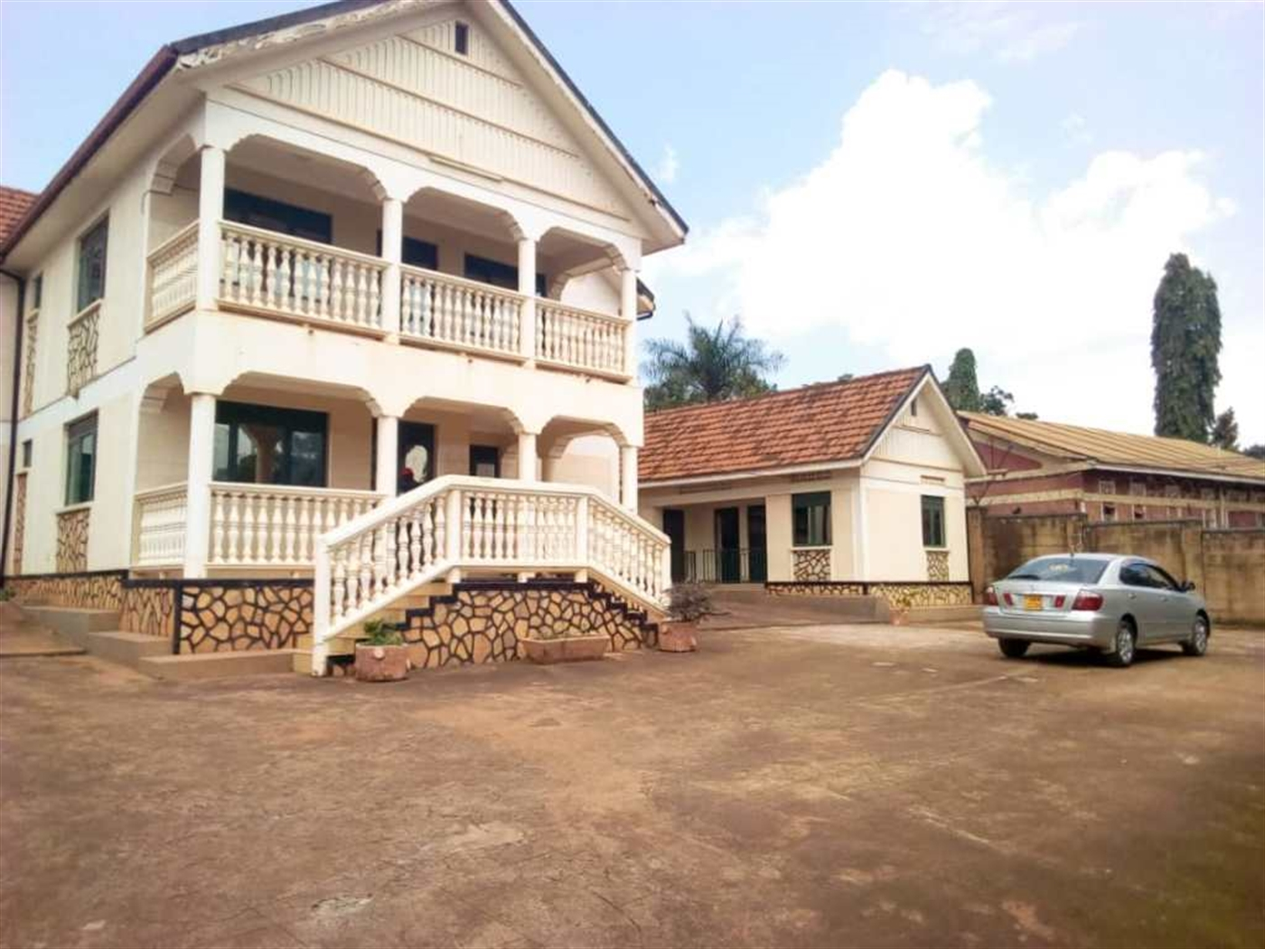 Mansion for sale in Makerere Kampala