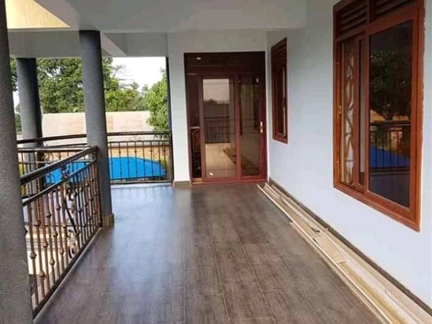 Mansion for sale in Kiira Wakiso