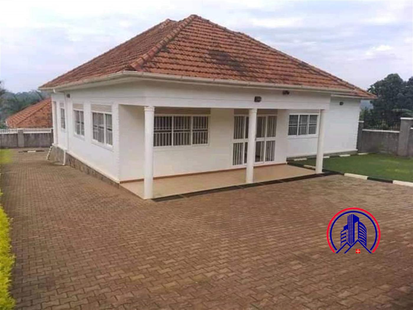 Bungalow for rent in Bwebajja Kampala