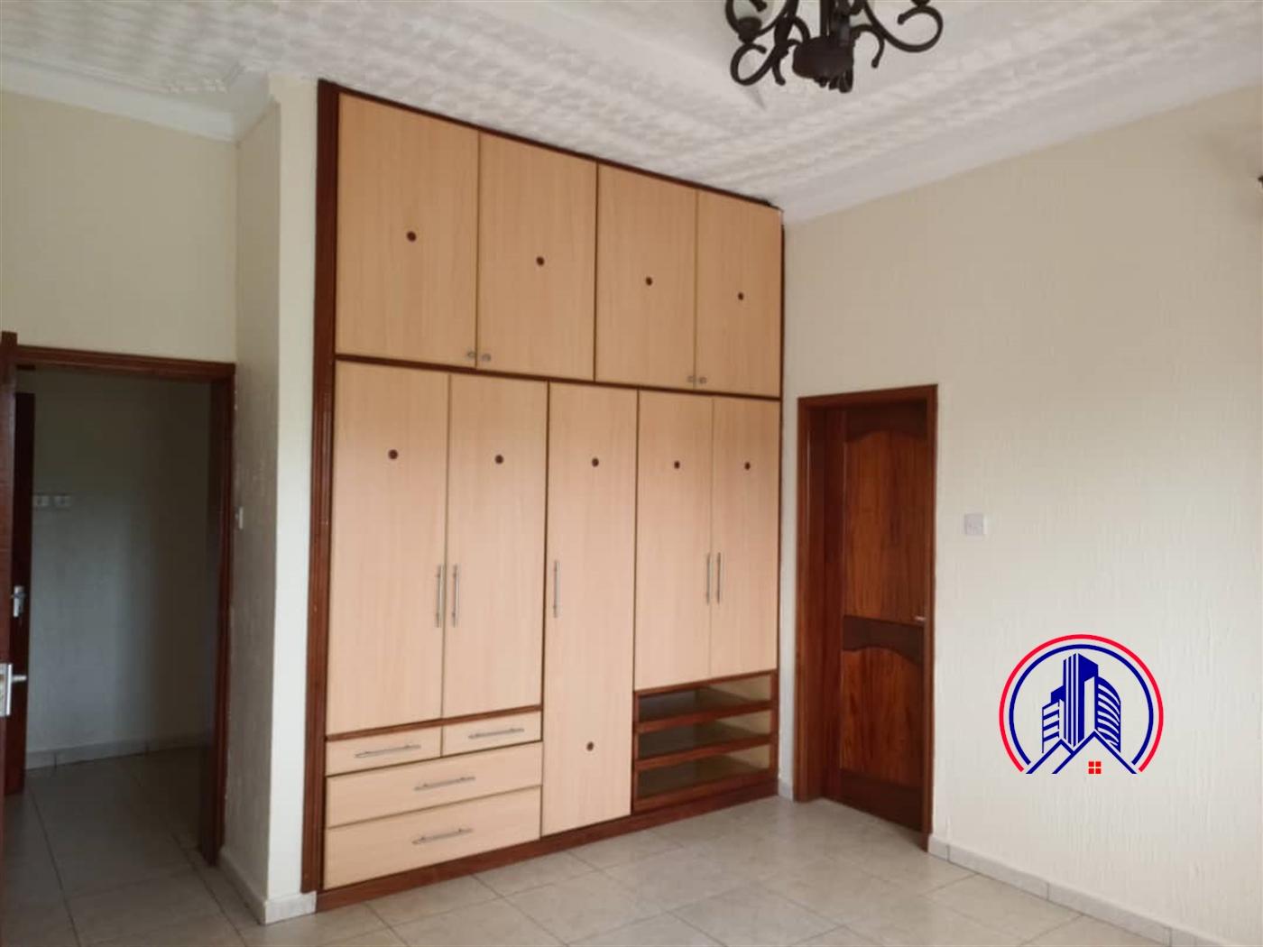 Bungalow for rent in Bbunga Kampala