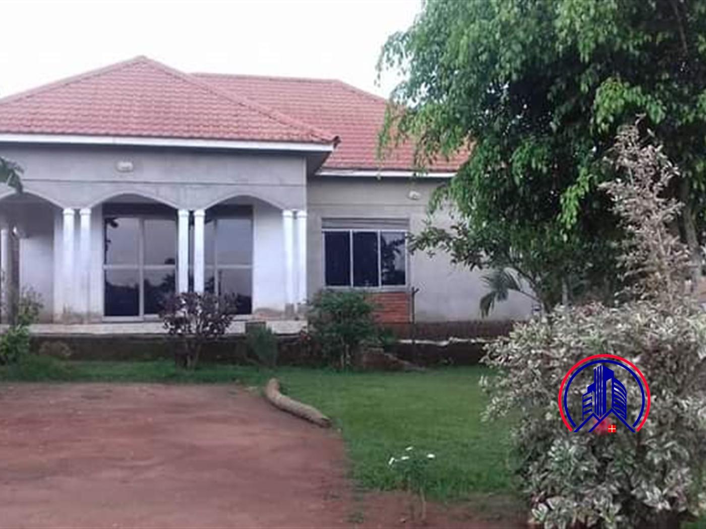 Bungalow for sale in Kubbiri Mukono