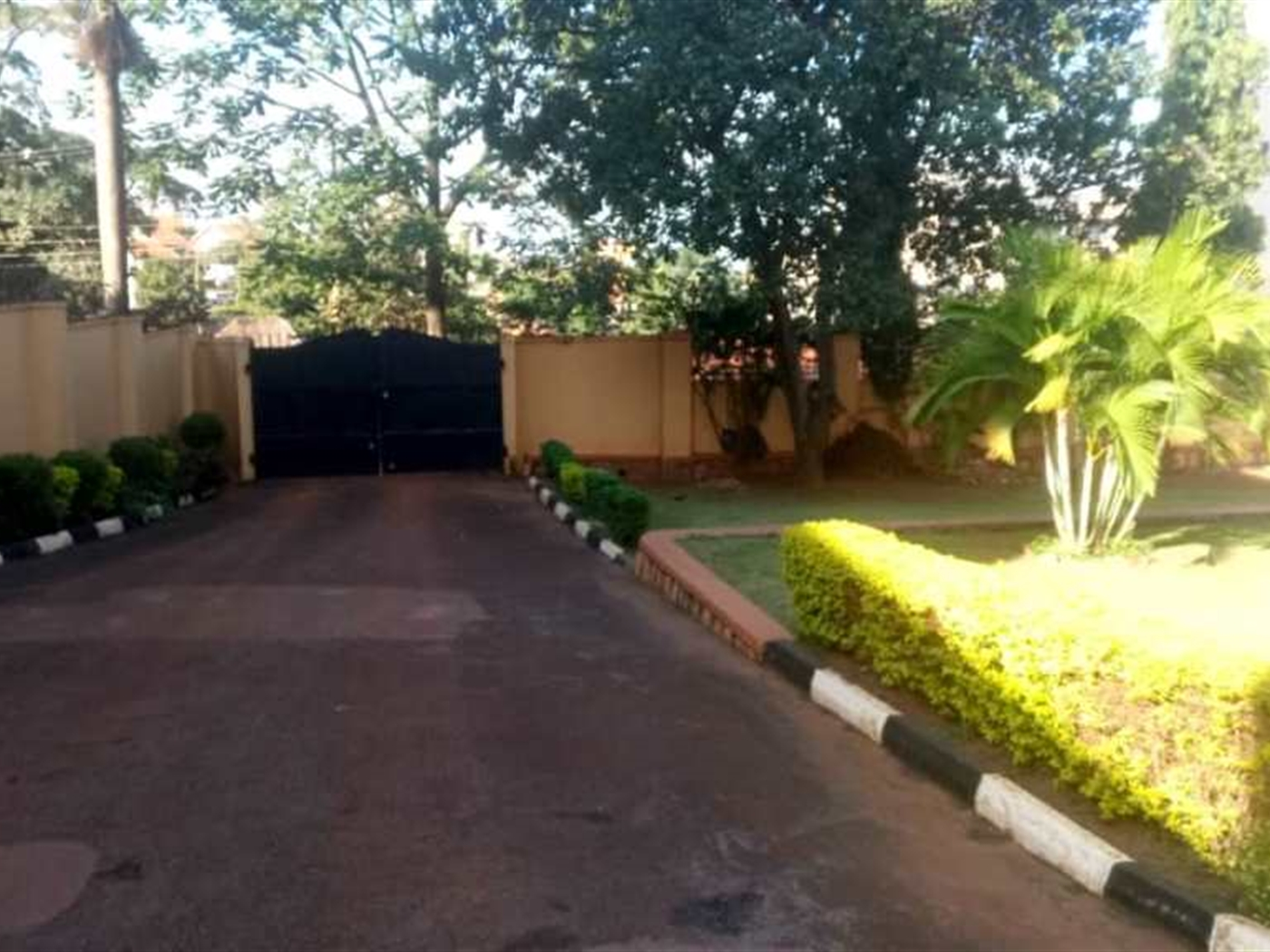 Bungalow for sale in Naguru Kampala