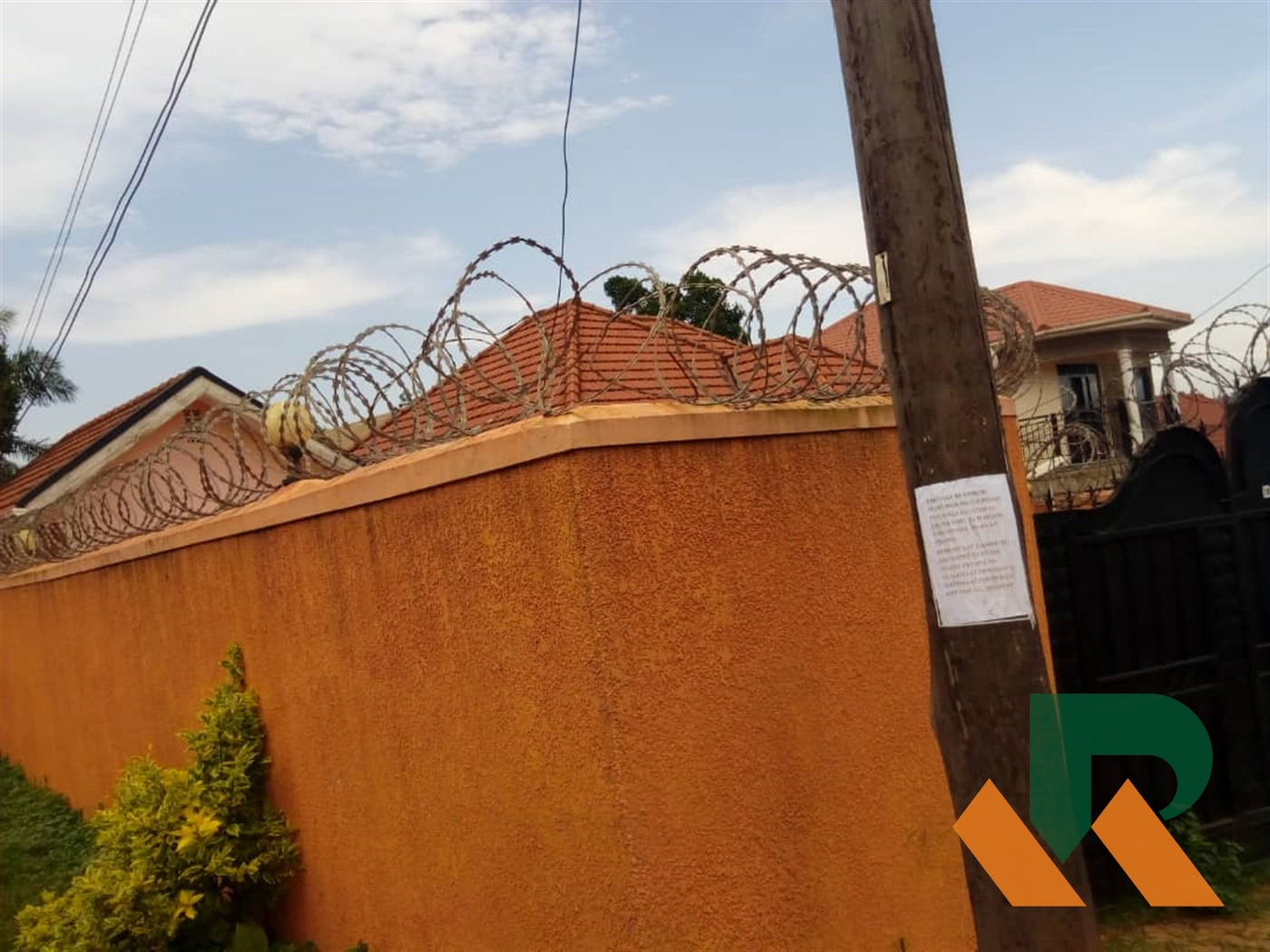 Bungalow for sale in Zana Kampala