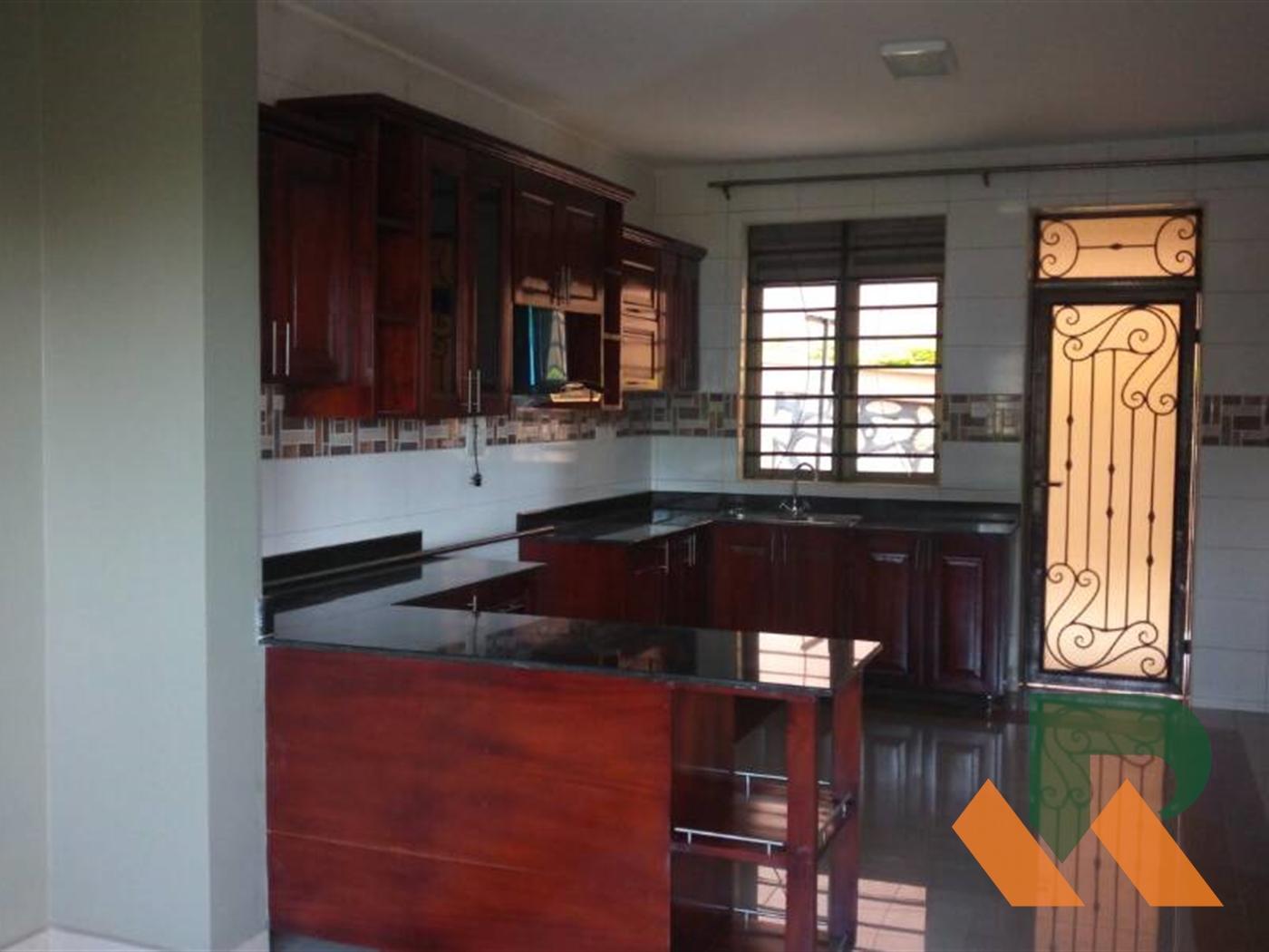Villa for rent in Mbuya Kampala