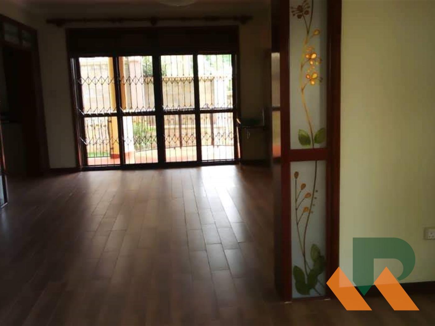 Duplex for rent in Mutungo Kampala