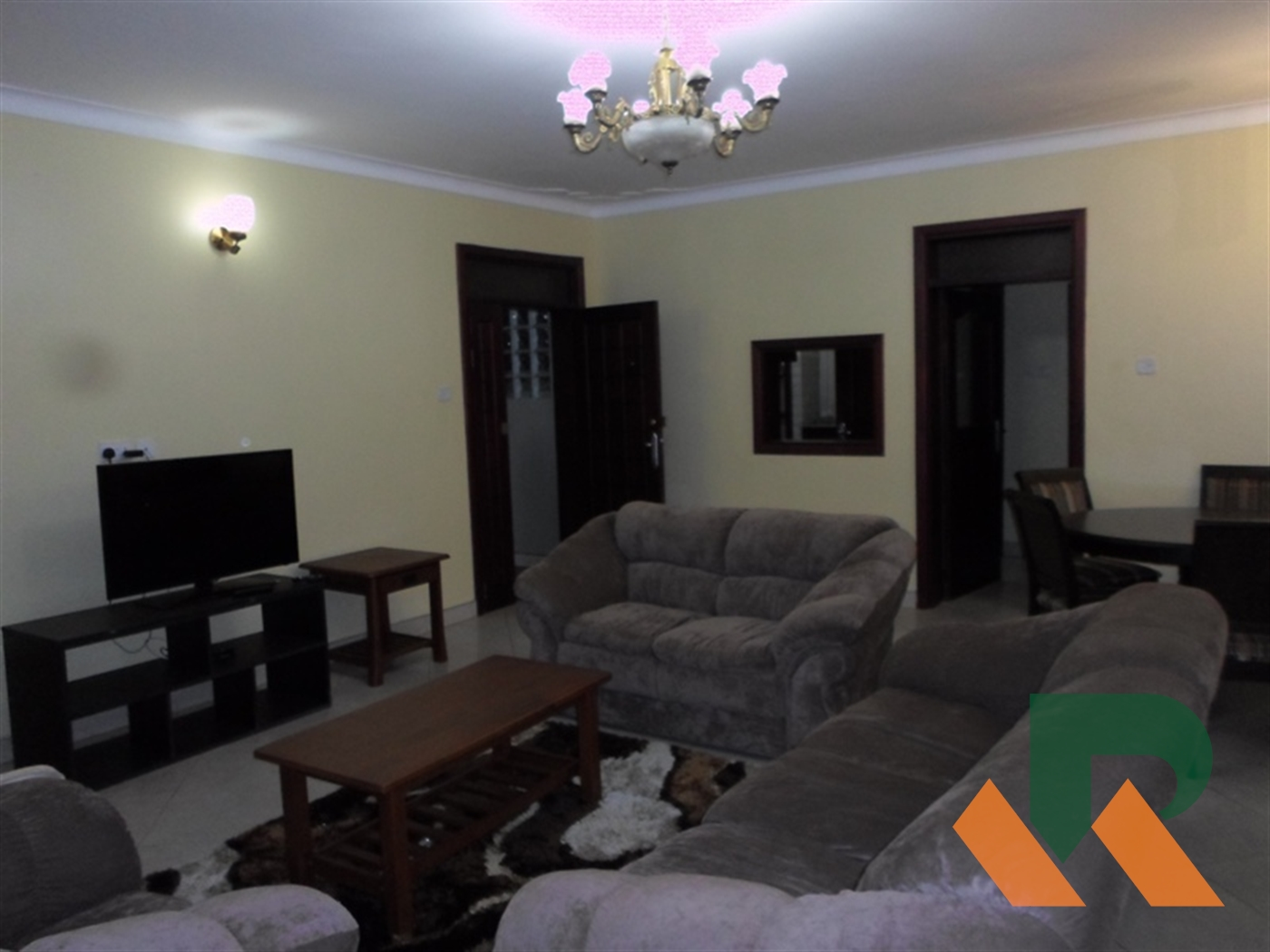 Sitting room (lounge)