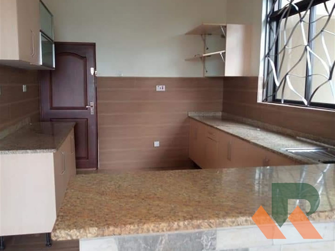 Town House for rent in Luzira Kampala