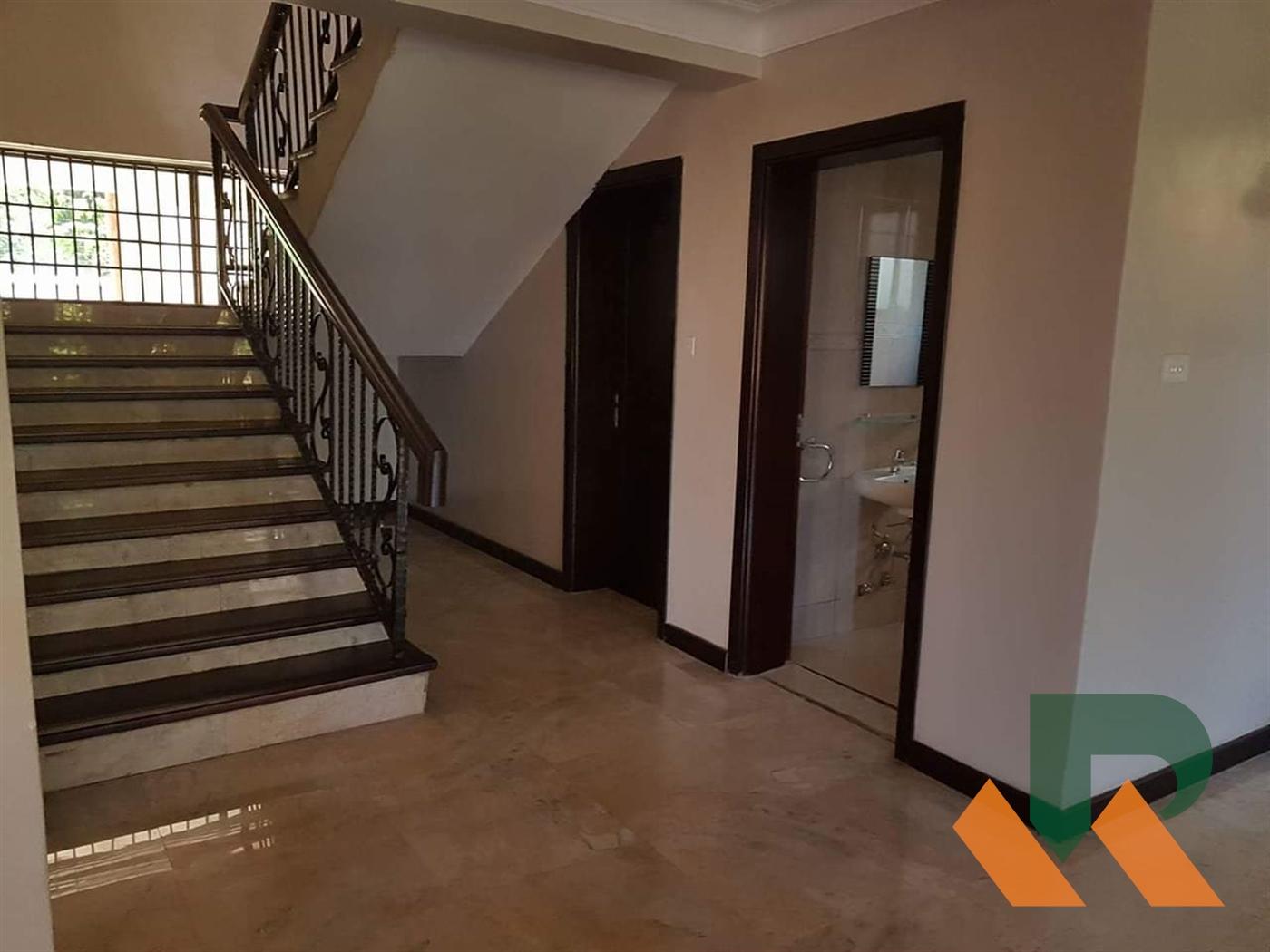 Villa for rent in Bwebajja Wakiso