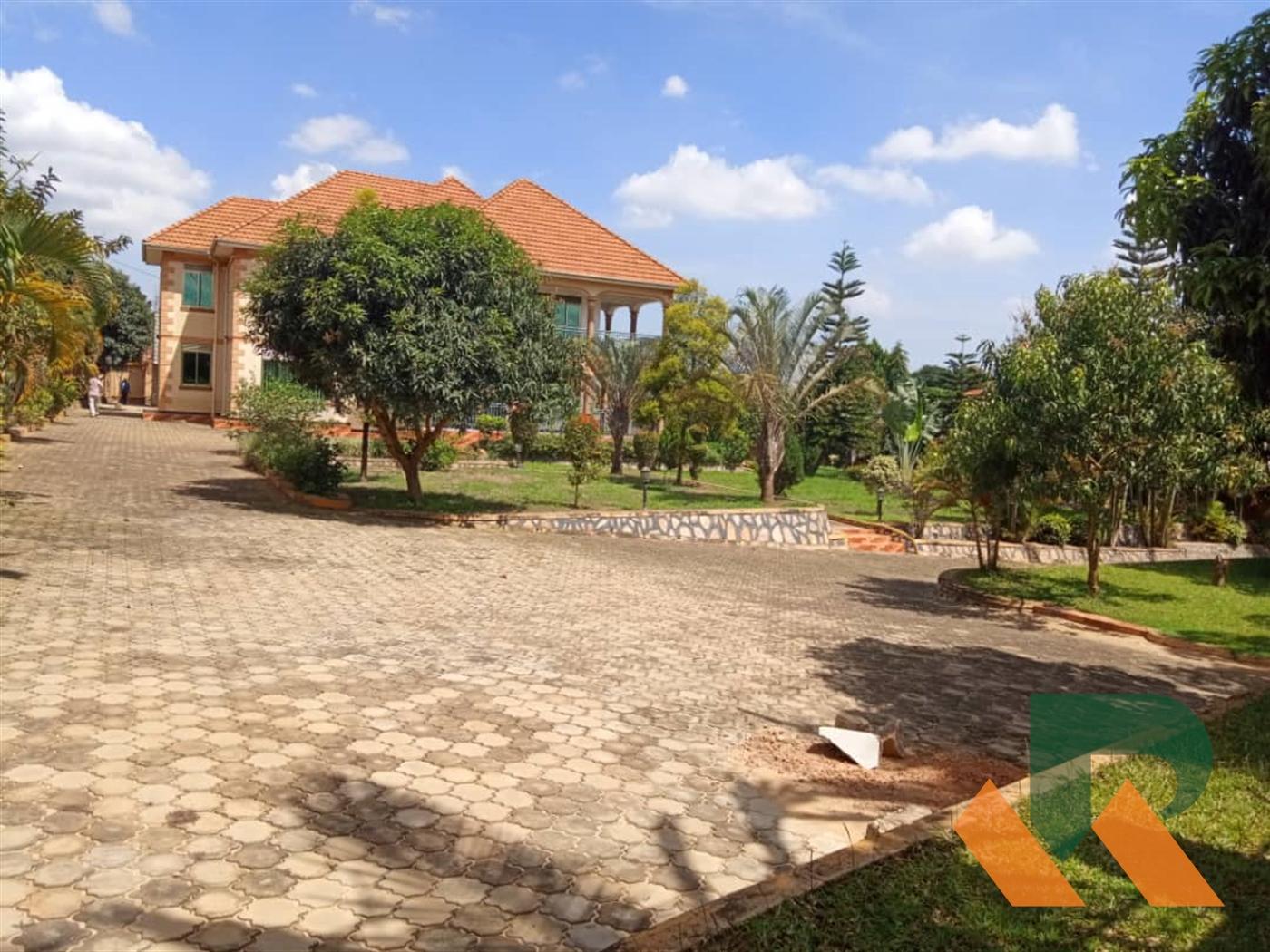 Maisonette for sale in Kyengela Wakiso