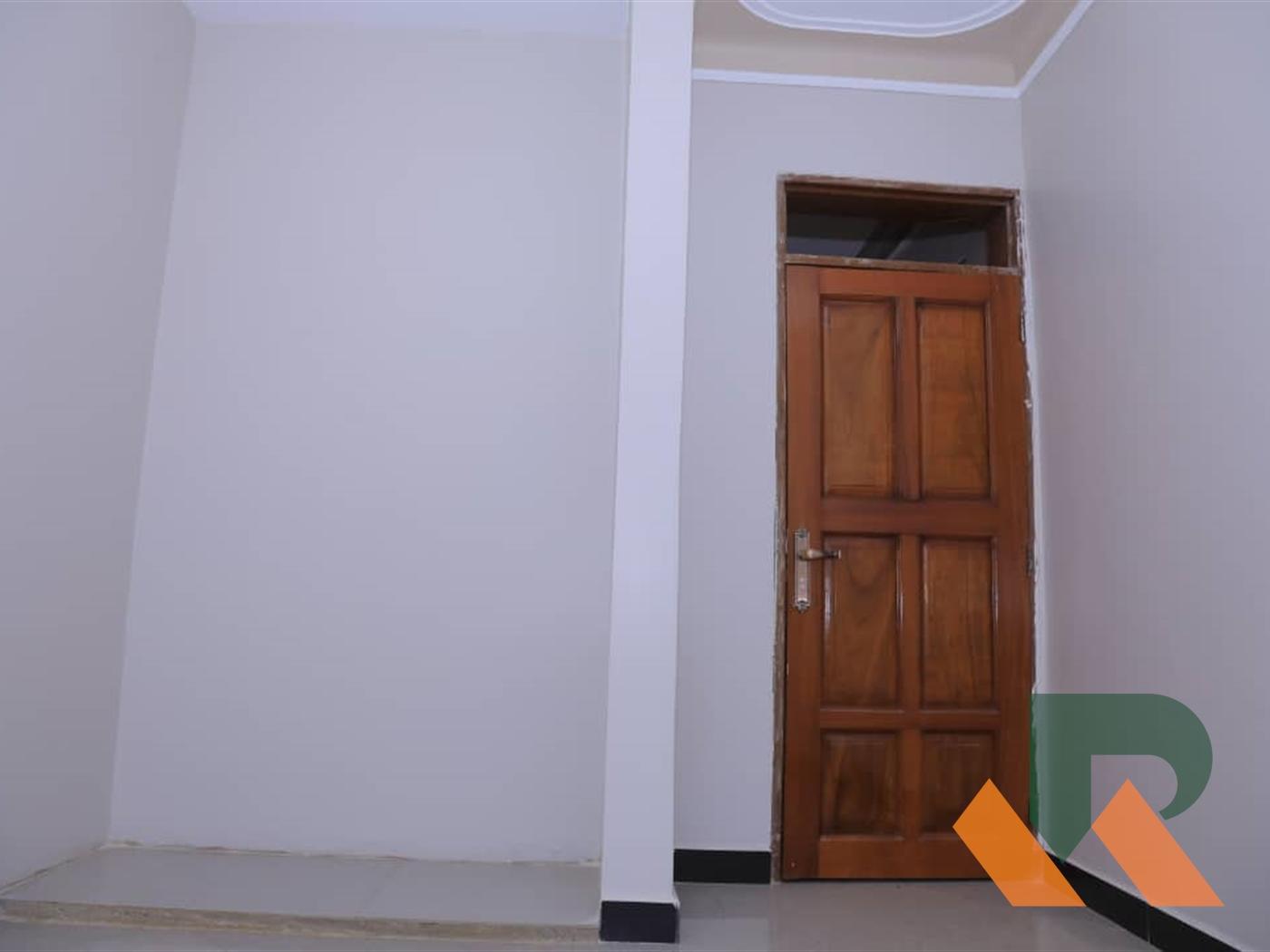 Duplex for sale in Kyaliwajjala Kampala