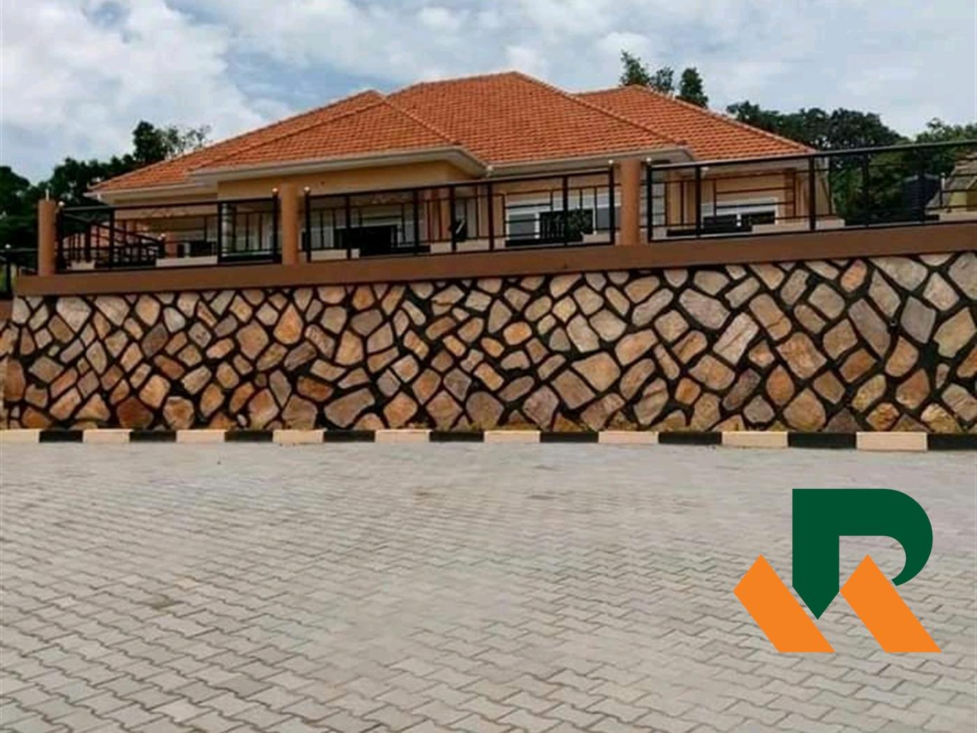 Bungalow for sale in Bwebajja Kampala