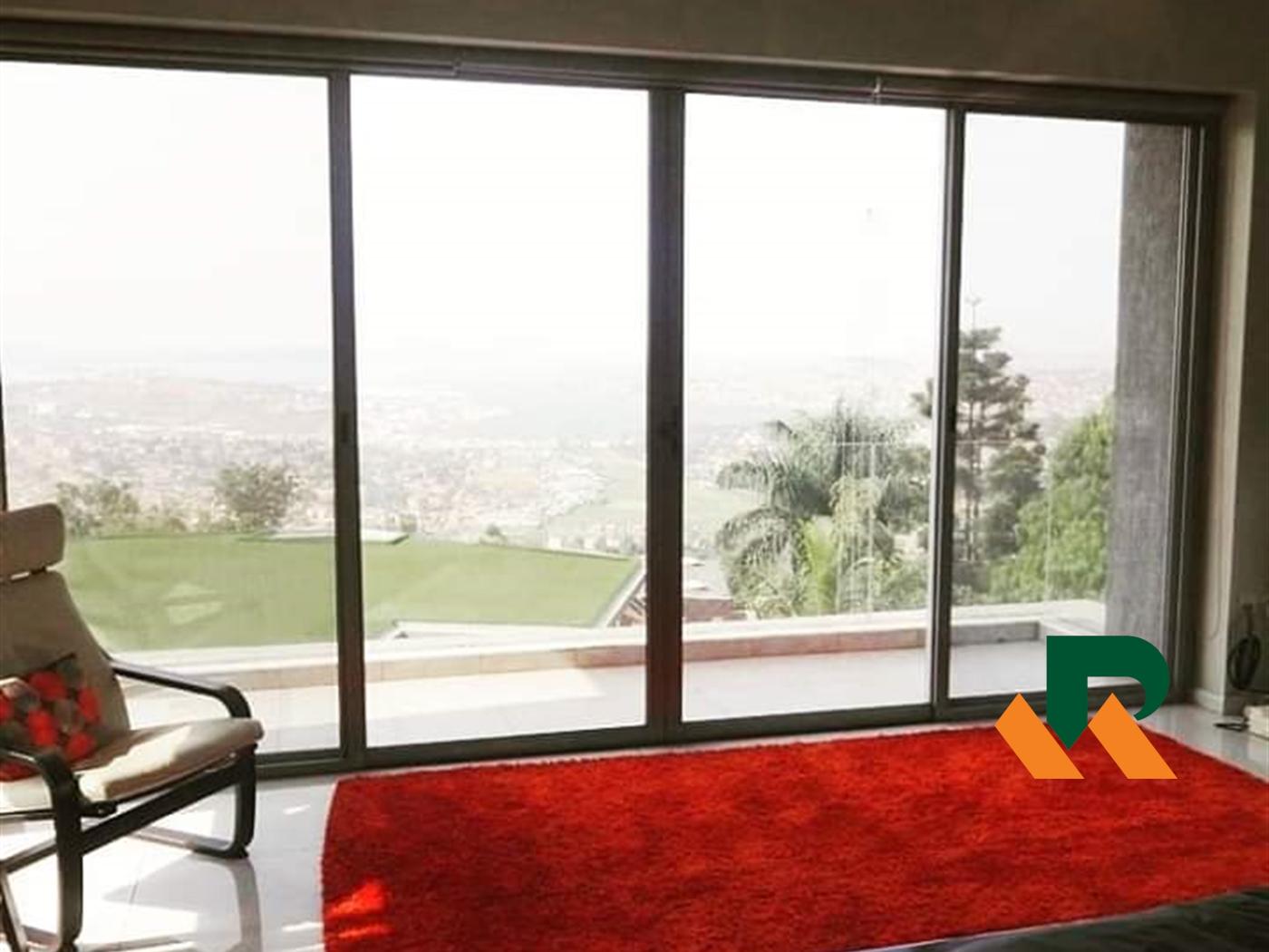 Villa for sale in Mbuya Kampala