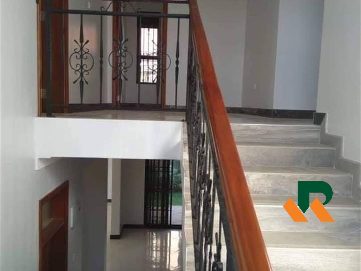 Maisonette for sale in Bbunga Kampala