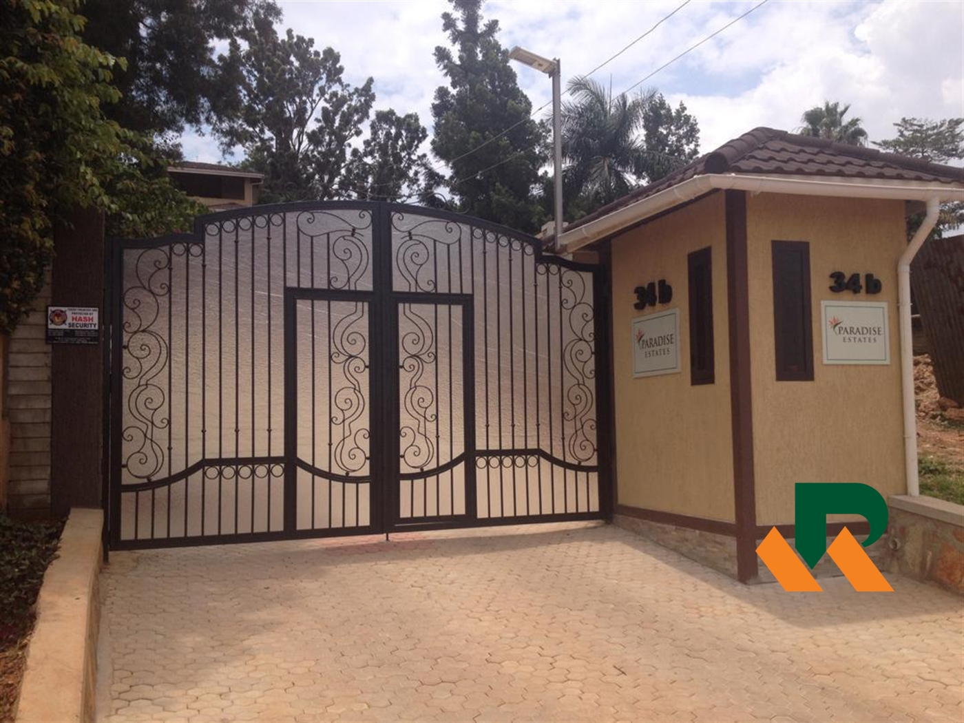 Duplex for sale in Naguru Kampala