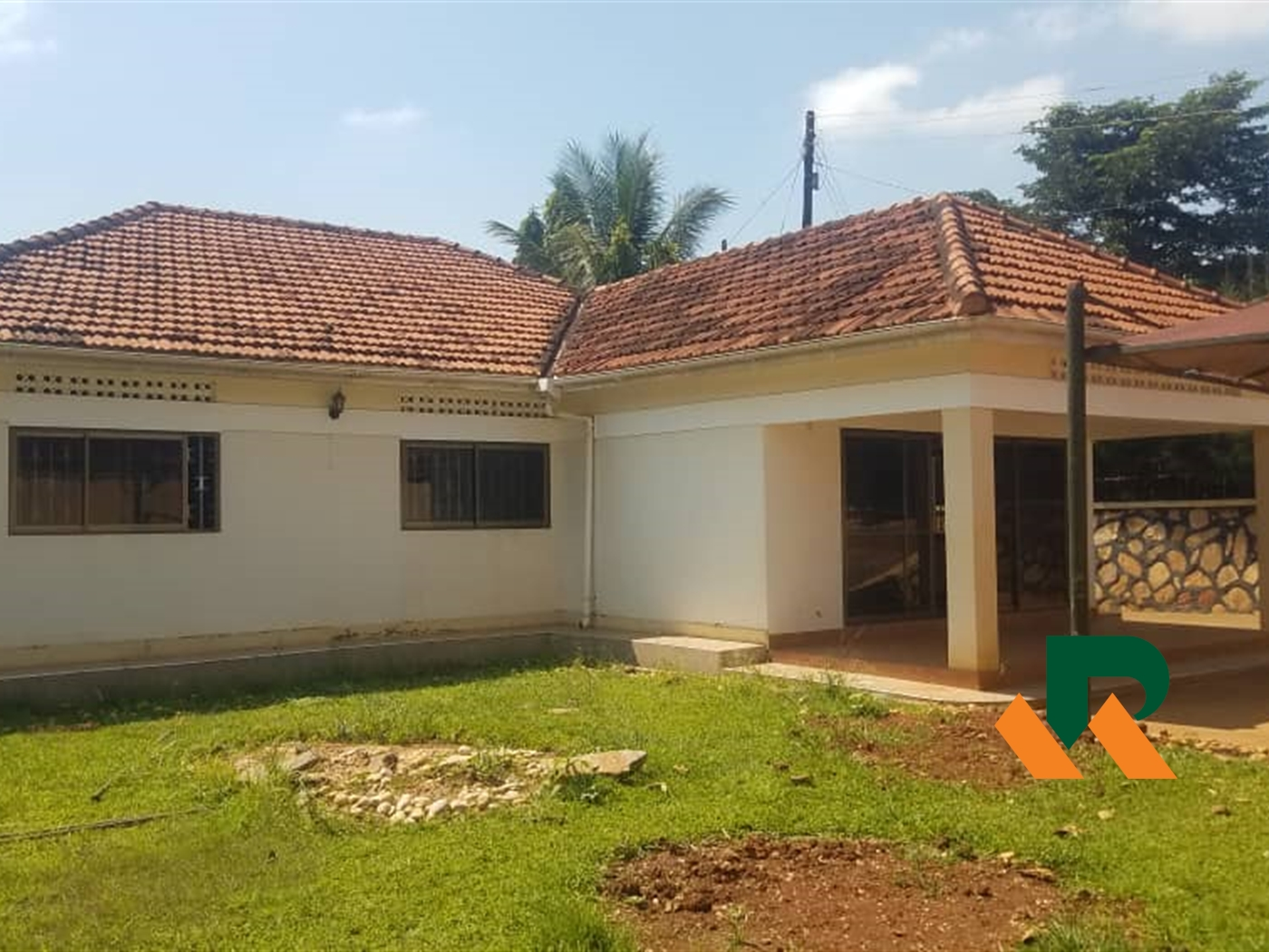 Bungalow for sale in Naalya Wakiso