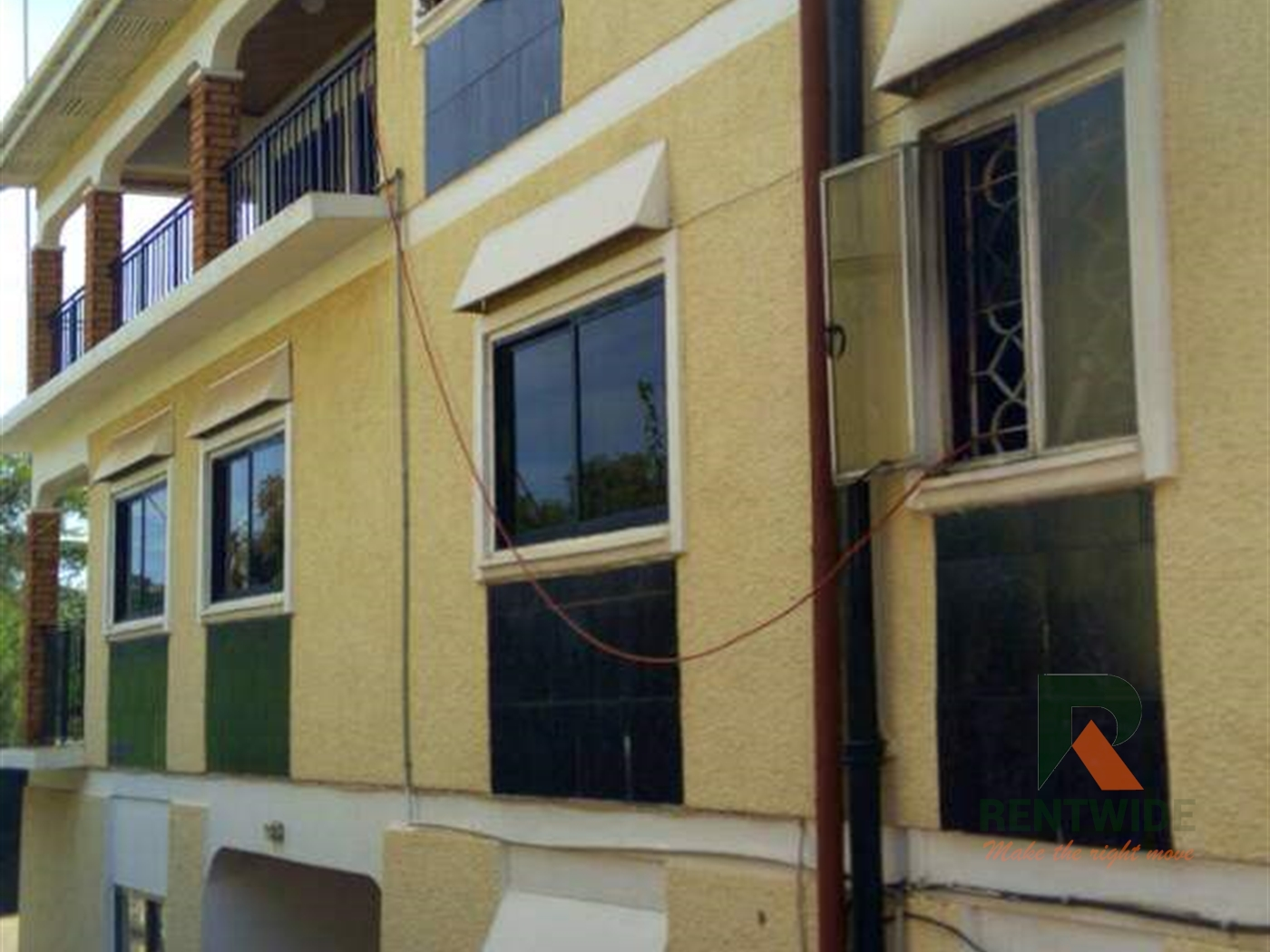 Duplex for sale in Bugolobi Kampala
