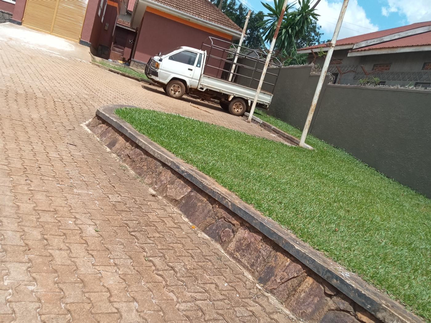 Bungalow for rent in Nabuuti Mukono