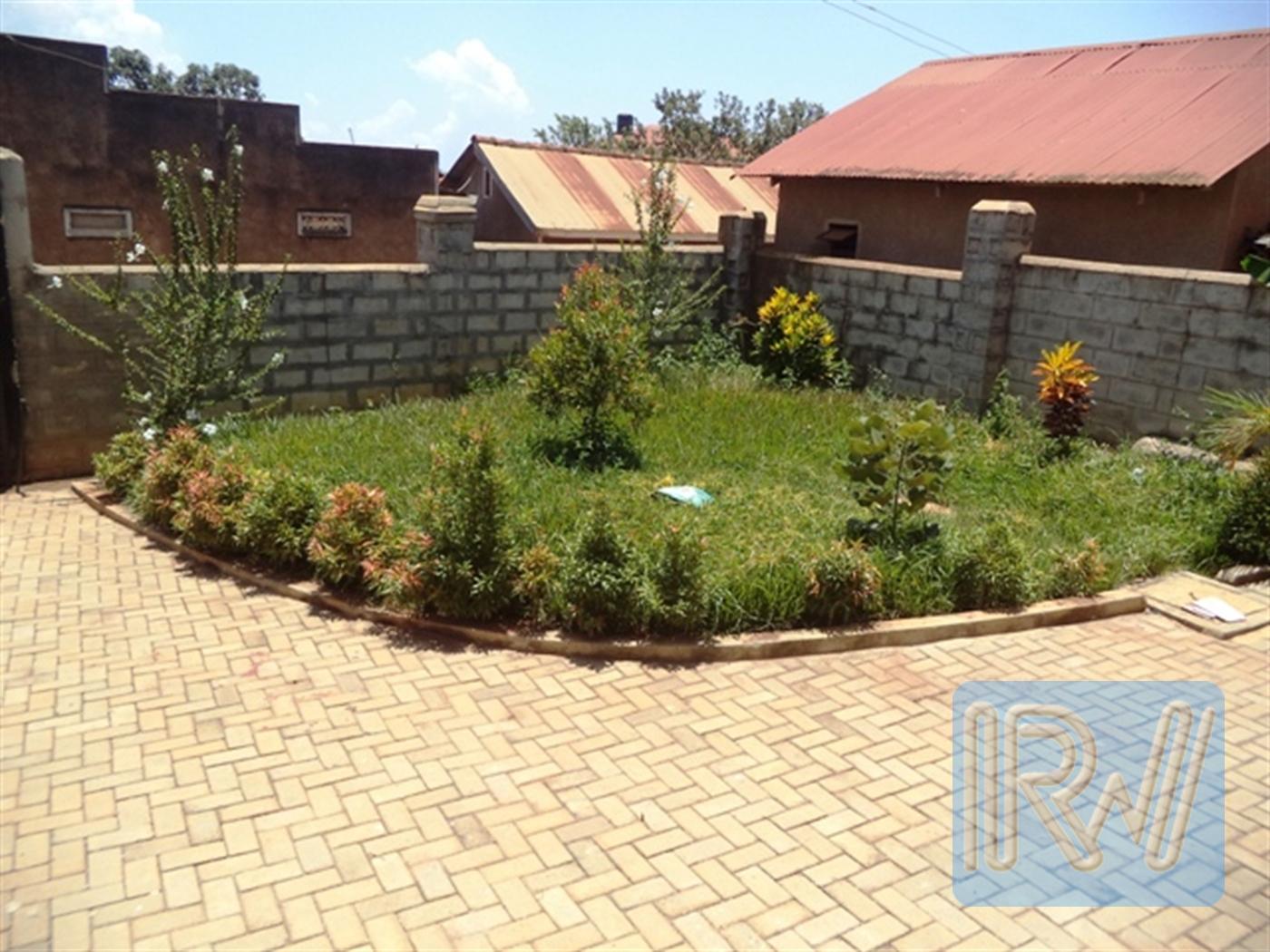 Villa for sale in Nkumba Wakiso