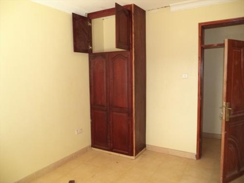Mansion for sale in Kakungulu Wakiso