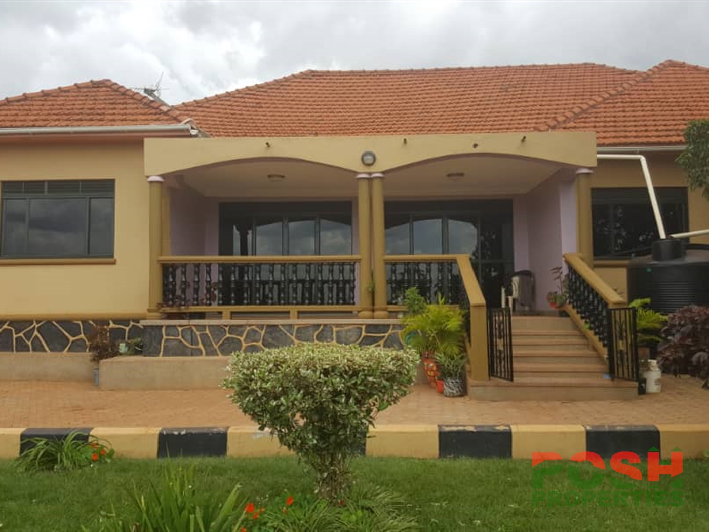 Mansion for rent in Seeta Wakiso
