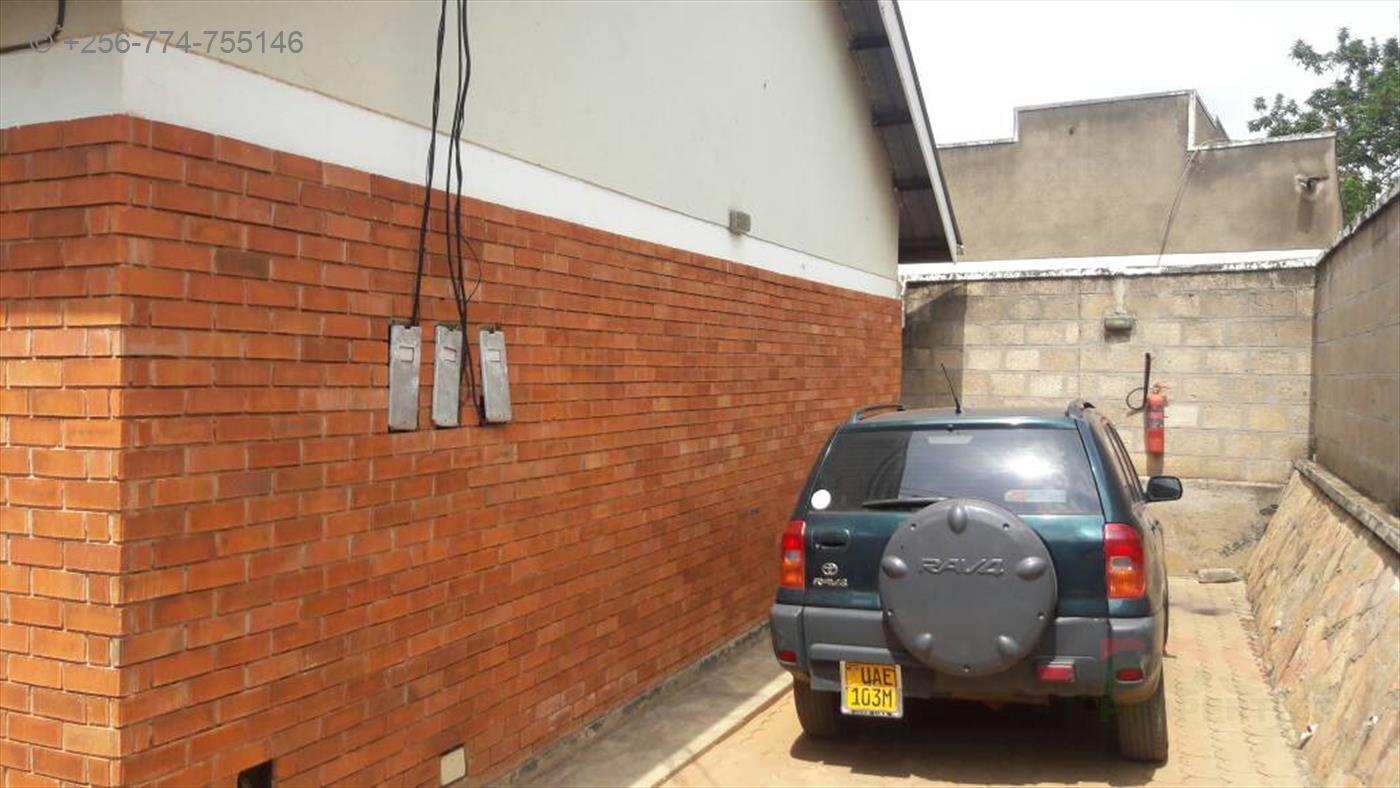 Semi Detached for sale in Bweyogerere Wakiso